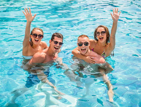 Great tips for an extra special pool party the big house - Hen party houses with swimming pool ...
