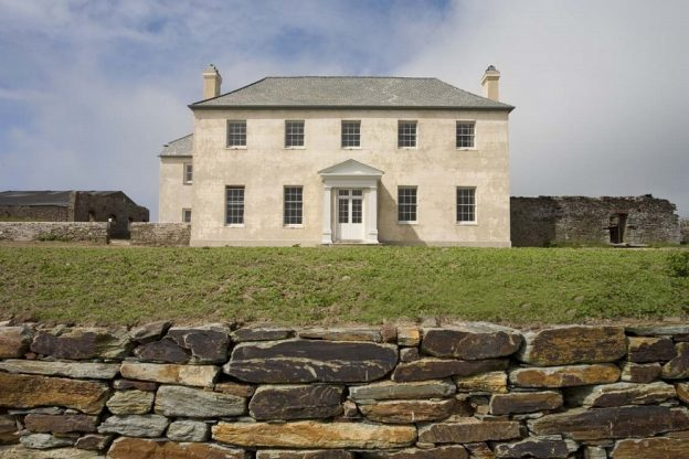 Berry House, Hartland, North Devon is a stunning, spacious 12 bedroom large house available to rent through The Big House Company