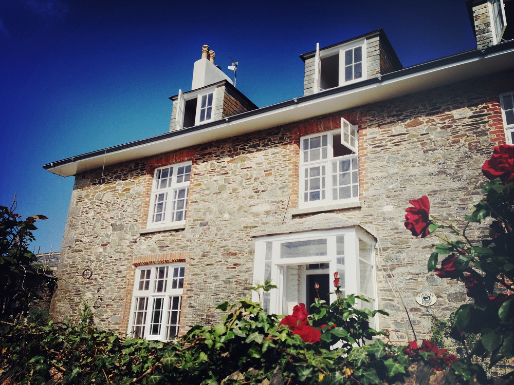 Large luxury devon farm house to hire the big house company for House company