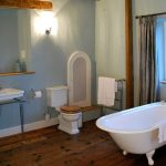 The main bathroom at Cotswold Manor