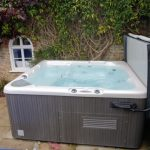 The large hot tub at Somerset Manor is available for groups all year round.