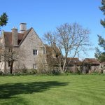 The large gardens at Cotswold Manor are wonderful for big family gathering to enjoy some outdoor fun