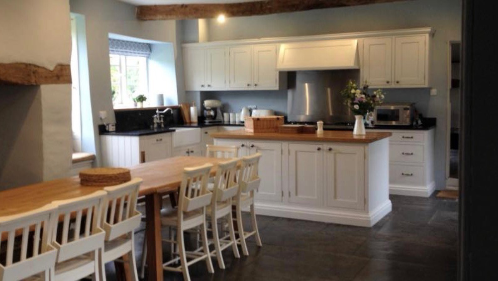 The large country style kitchen at Cotswold Manor