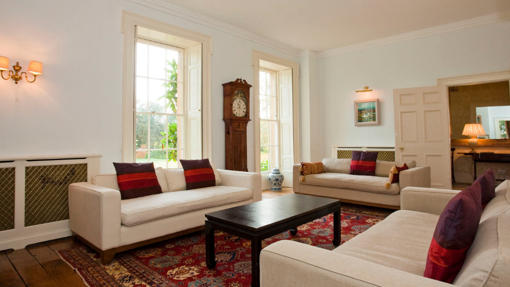 Somerset Manor has very comfortable reception rooms that are beautifully decorated and furnished to a very high standard