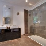 Luxurious bath and shower rooms at our party house near London